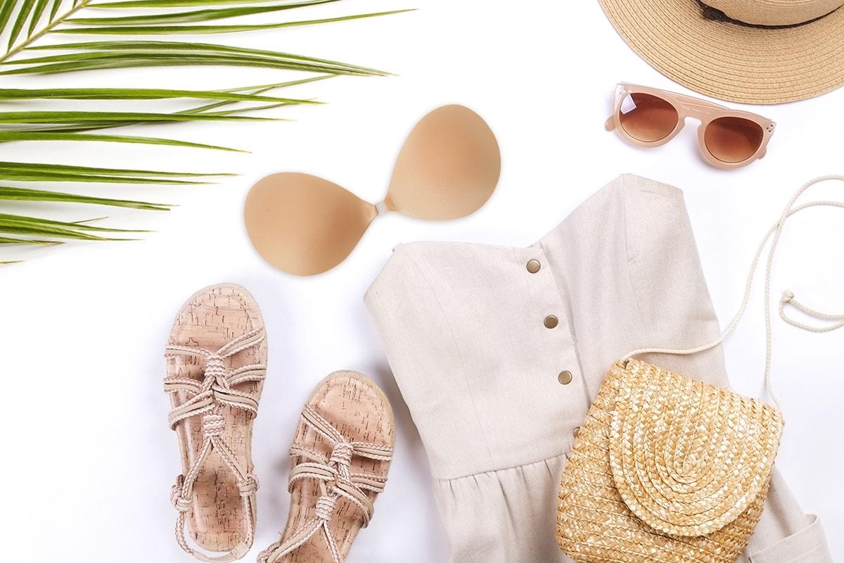 夏ファッションにおすすめのヌーブラ